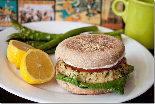 Easy Lemon Garlic Tuna Burgers Recipe - made with canned tuna! These are a HIT!