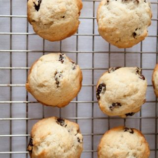 Petite Cinnamon Raisin Scone Recipe!