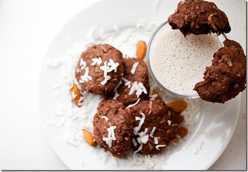 dark_chocolate_almond_joy_cookies