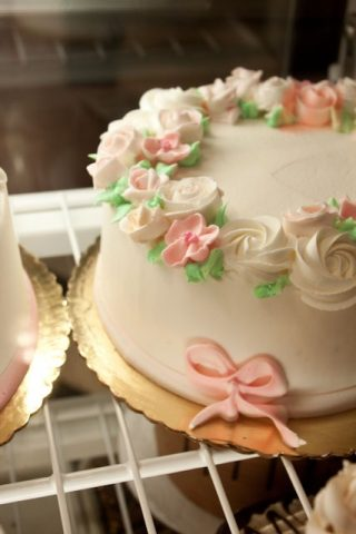 My Favorite Bakery: White's Pastry Shop