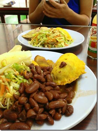 beans_empanadas_con_carne_Don_Chichos