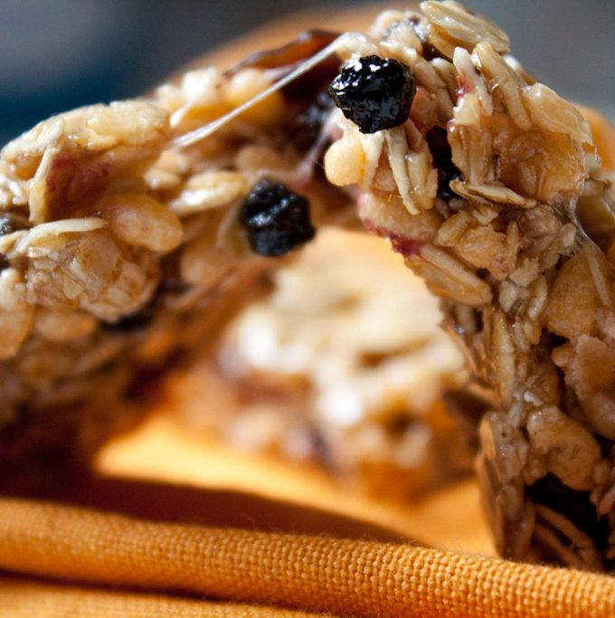 Chewy Cherry Almond Granola Bars
