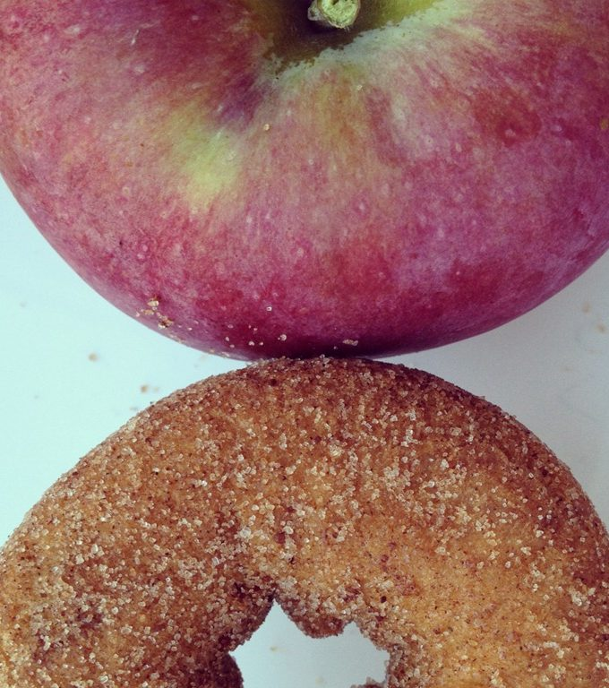Review: Dunkin' Donuts New Apple Cider and Apple Orchard Donut