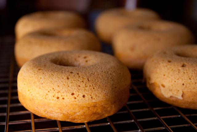 pumpkin donuts-03