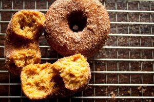 pumpkin donuts-16