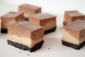 peanut butter nutella cheesecake bars