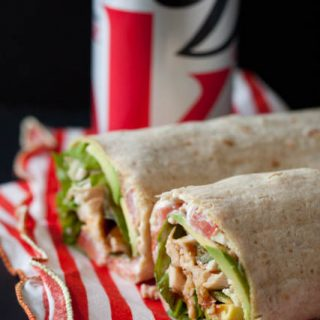 Turkey Bacon and Avocado Wrap! A healthy lunch recipe that you can make in less than 10 minutes!