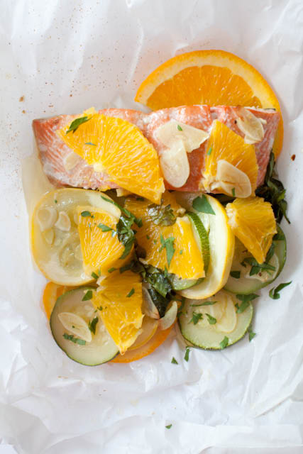 salmon baked in a parchment paper