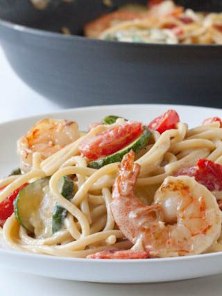 20-Minute Creamy Shrimp Pasta with Seasonal Vegetables