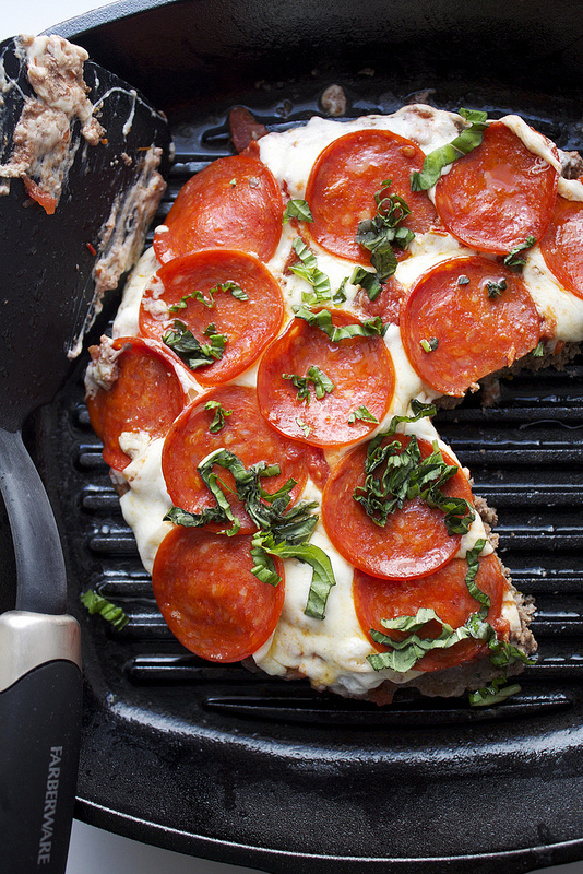 Pepperoni Meatzza Recipe - Here's a low carb pizza recipe with ground beef, sauce, cheese, and pepperoni! Add a few herbs and spices, and that's it! Pepperoni Meatzza!