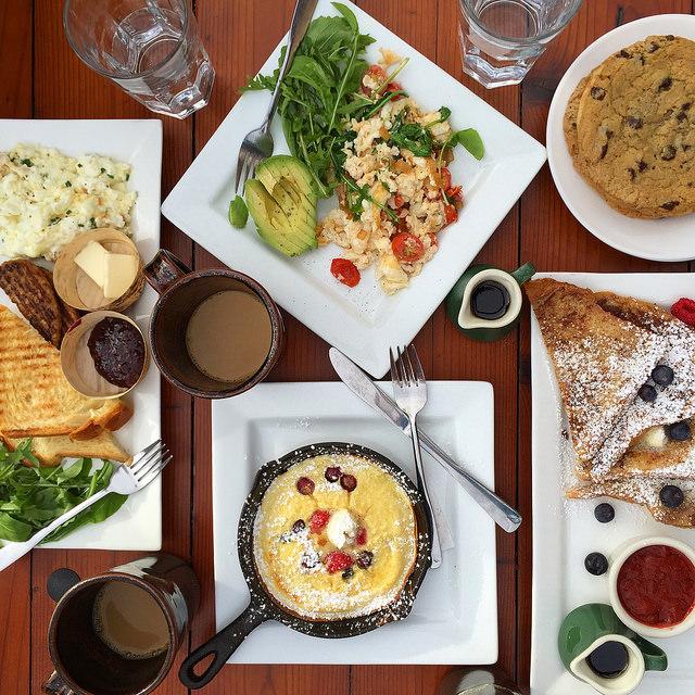 Breakfast at Deer Valley Grocery Cafe