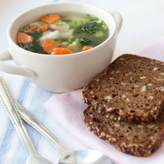 Healthy Vegetable Soup 170 Calories Per Serving!