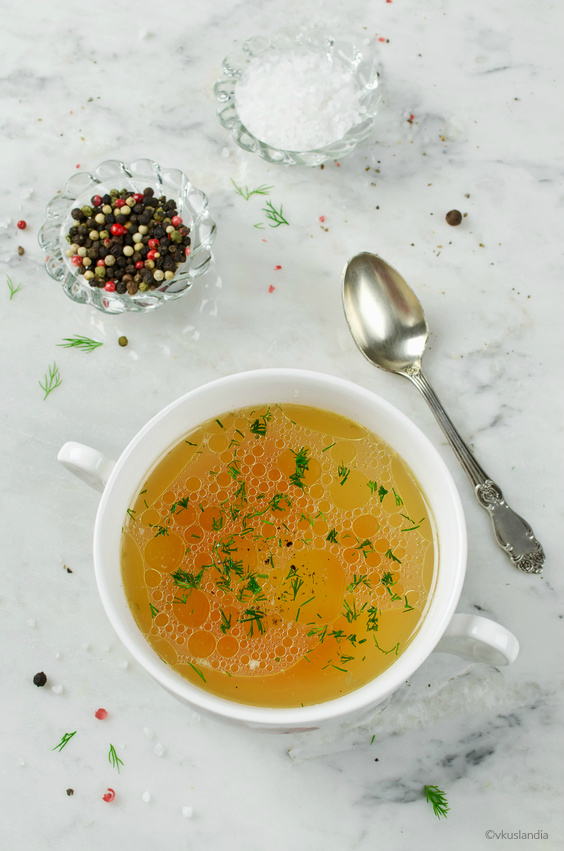 30 Minute Healthy Vegetable Soup (169 Calories!)