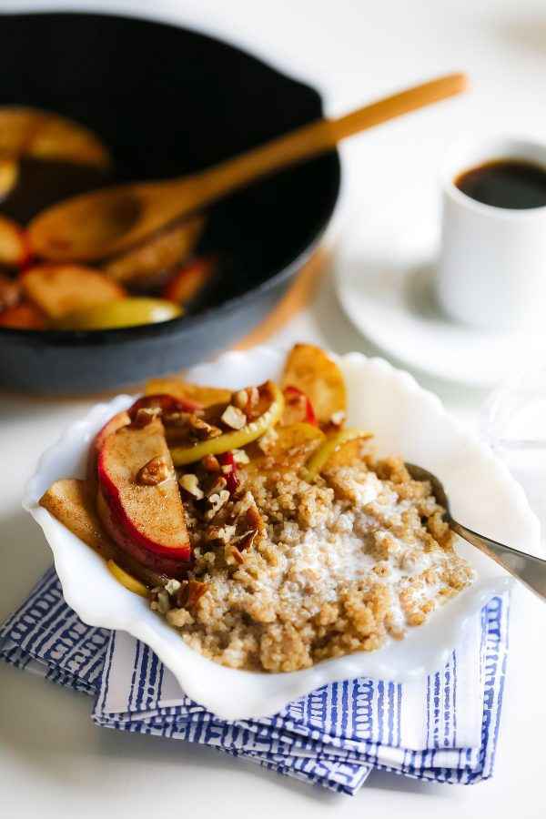 Healthy Breakfast Quinoa with Coconut Milk and Apples! You need this delicious and healthy breakfast recipe! It's sweet, filling, and so good for you. Only 275 calories!