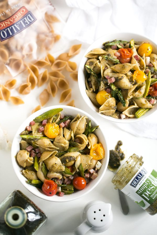 Whole Wheat Pasta Salad with Pesto, Asparagus and Roasted Tomatoes