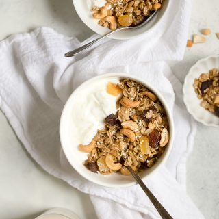 Cashew Ginger Granola with Dates and Sesame Seeds Recipe