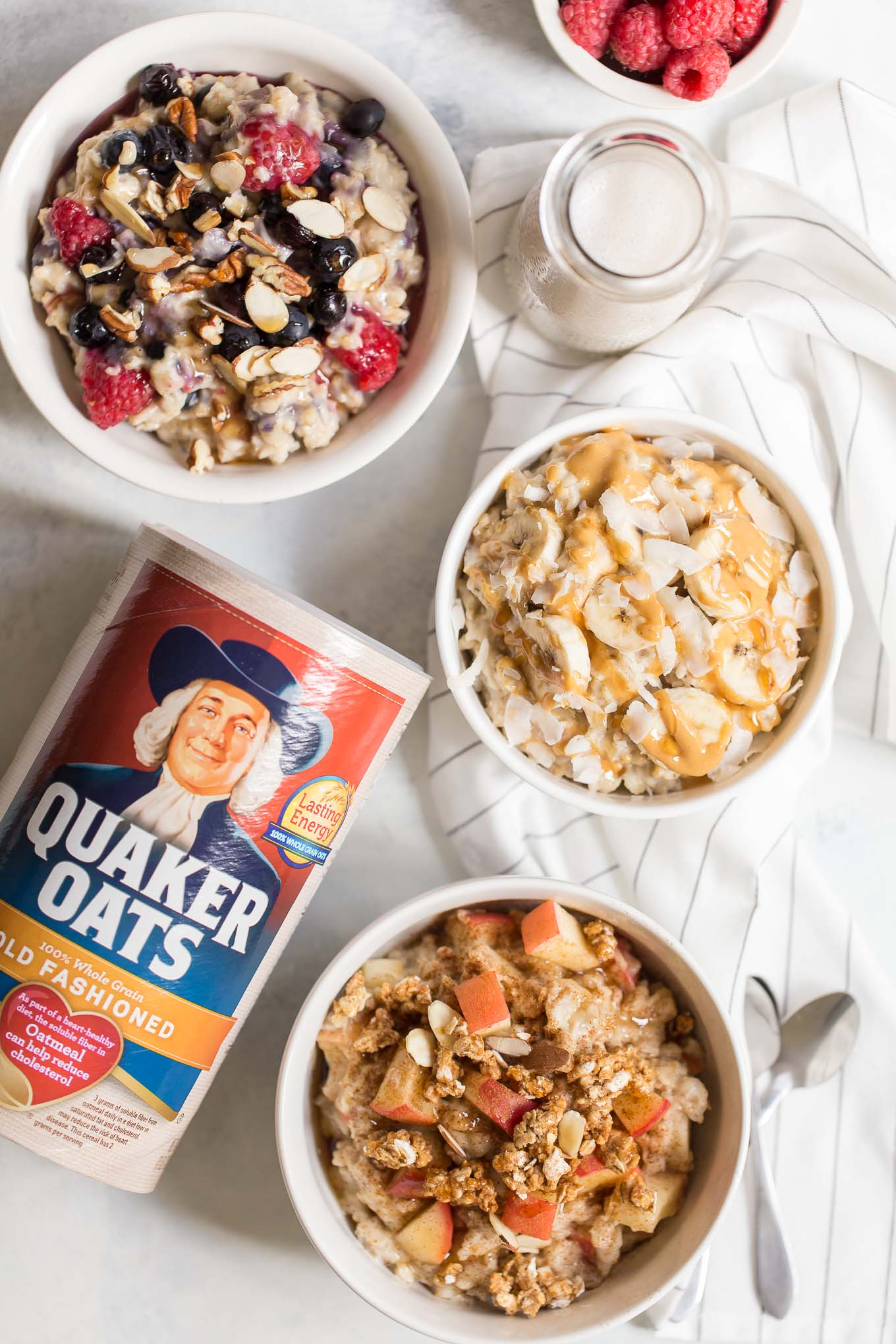 Slow Cooker Oatmeal Recipe - Here's how to make slow cooker oatmeal with old fashioned oats and 3 delicious variations: apple crisp, peanut butter banana, berry crunch