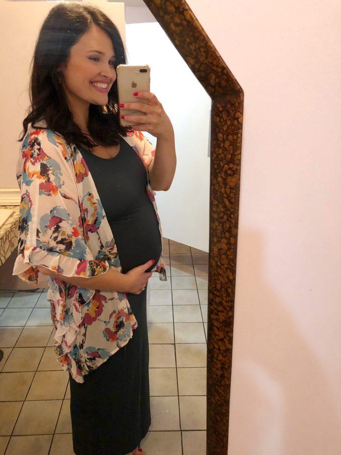 Andie Mitchell 26 weeks pregnant