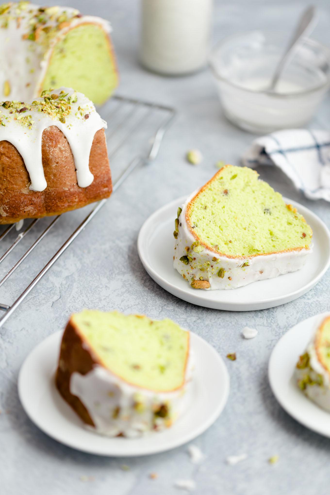 green pistachio bundt cake recipe