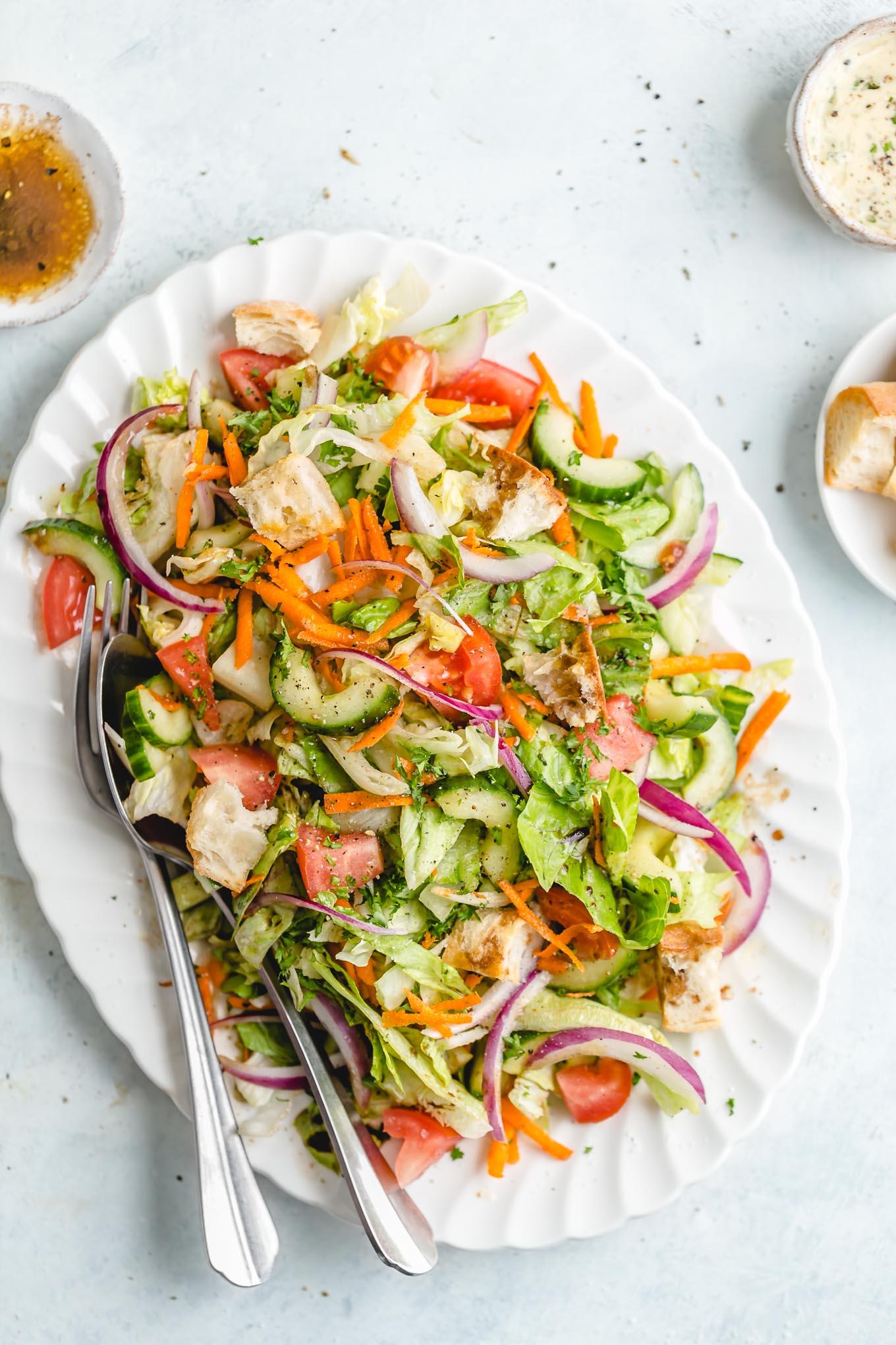 side salad with balsamic vinaigrette