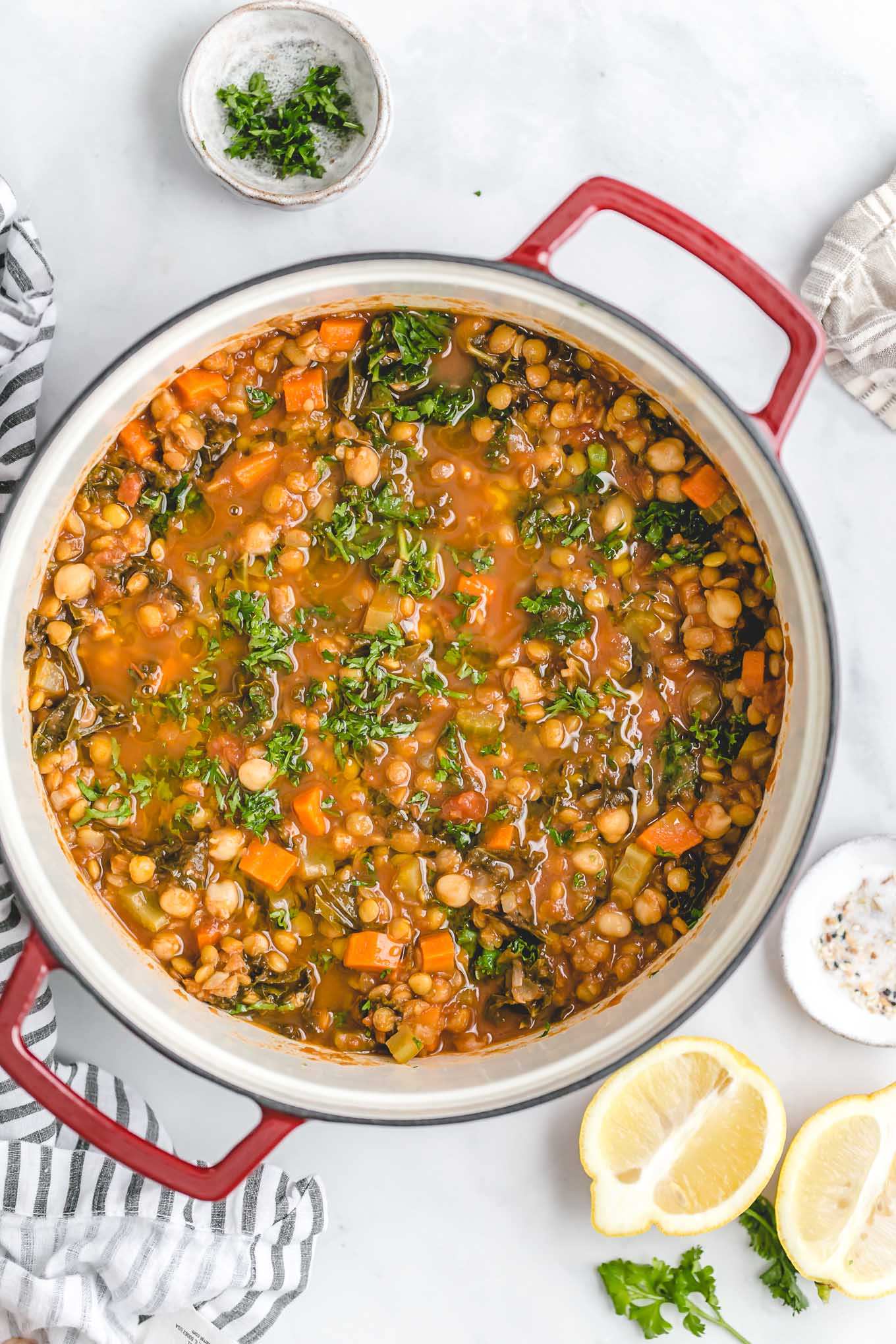 Vegetarian Lentil and Chickpea Soup - a vegetarian lentil soup recipe full of rich Moroccan-inspired flavors that's packed with fiber, veggies, and protein! Great for meal prep!