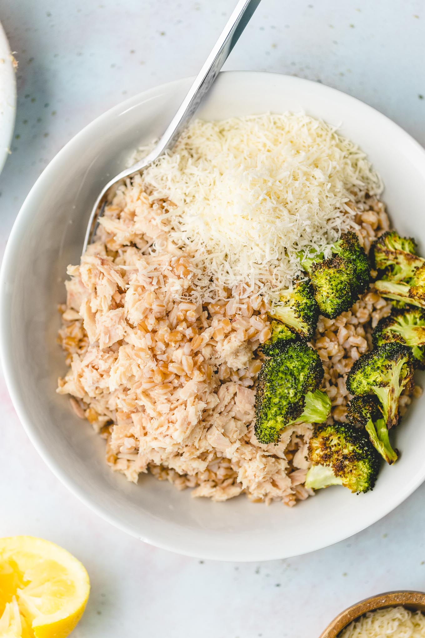 farro salad recipe with tuna, broccoli, and parmesan