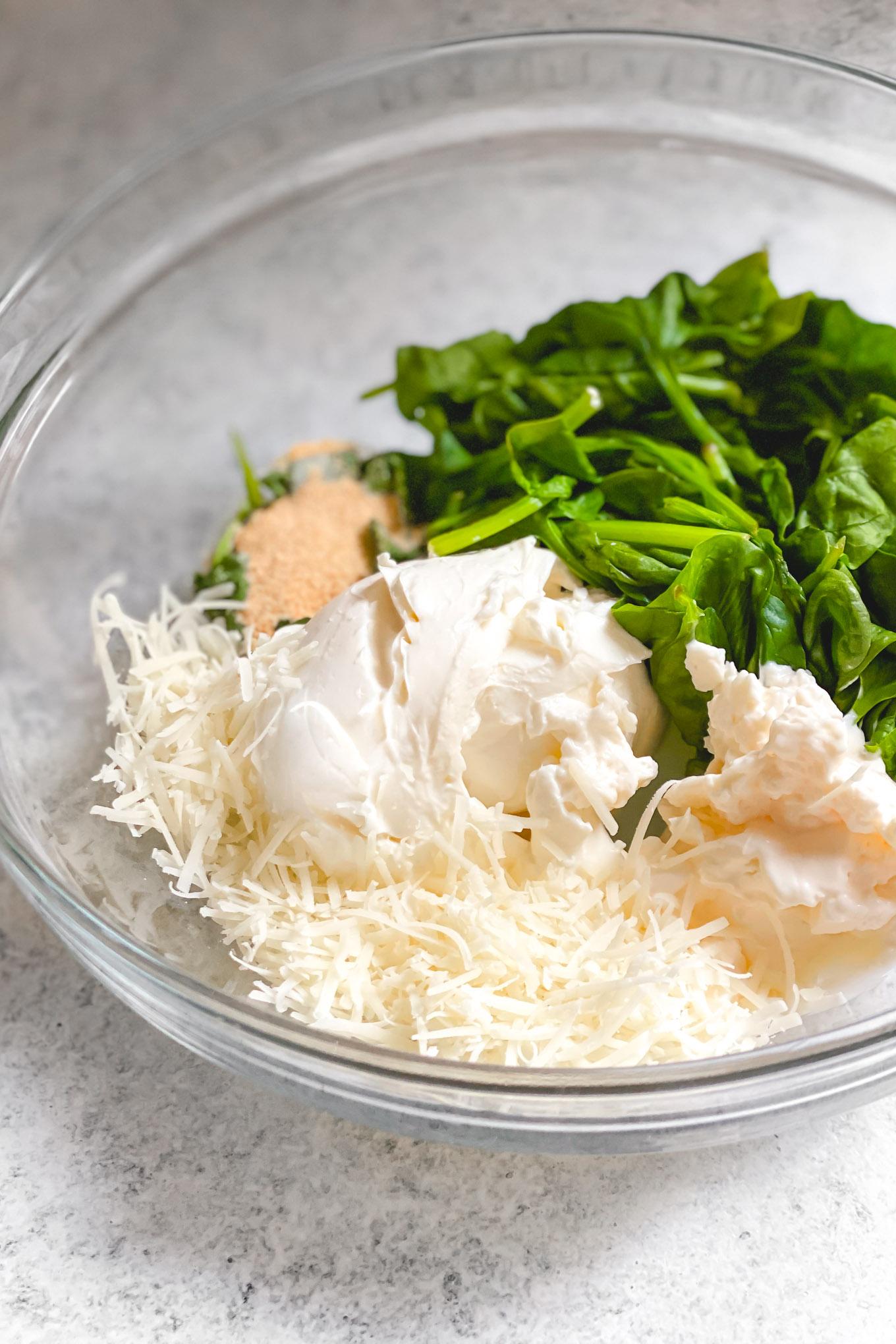 dip de espinacas y alcachofas para pollo al horno